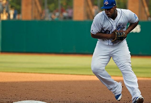 Wilson 2800 first baseman mitt review